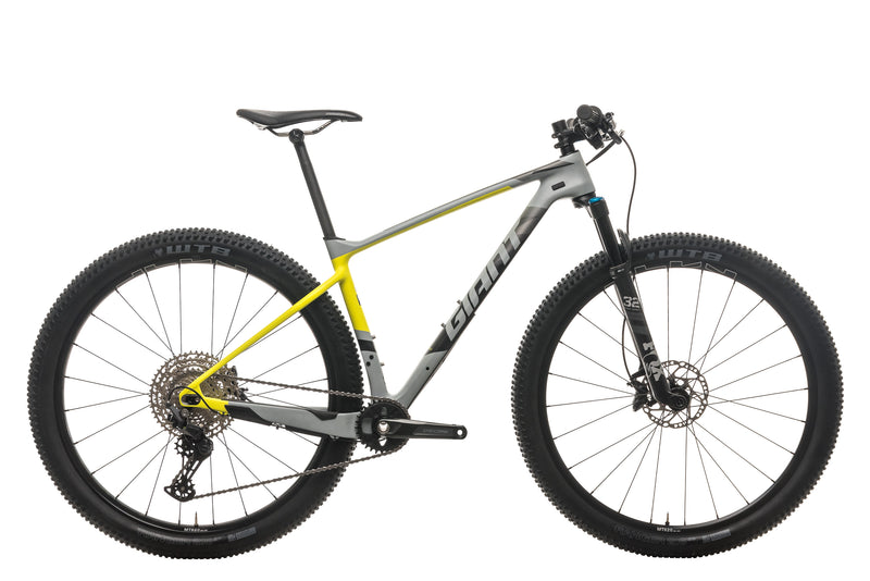 Giant XTC Advanced + Mountain Bike - 2017, Medium drive side