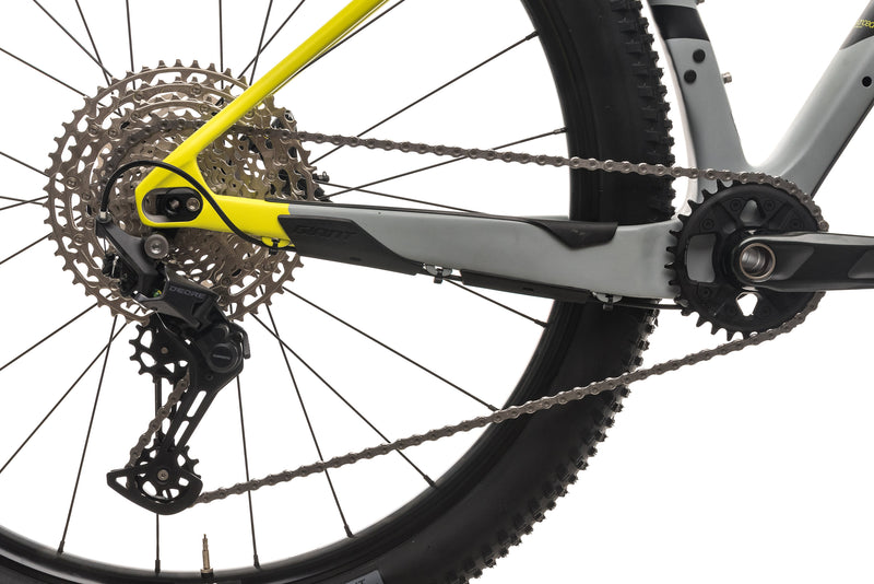 Giant XTC Advanced + Mountain Bike - 2017, Medium drivetrain