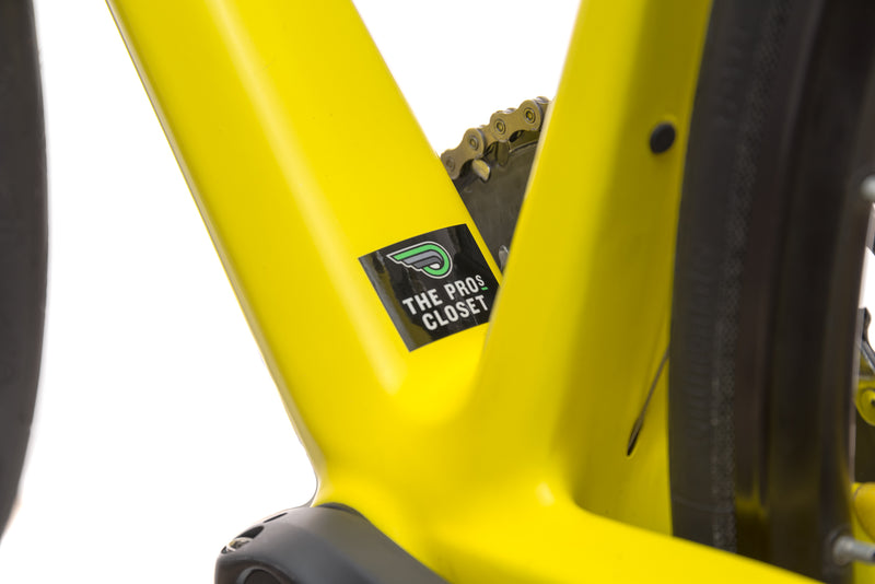 BMC Roadmachine 02 47cm Bike - 2016 sticker