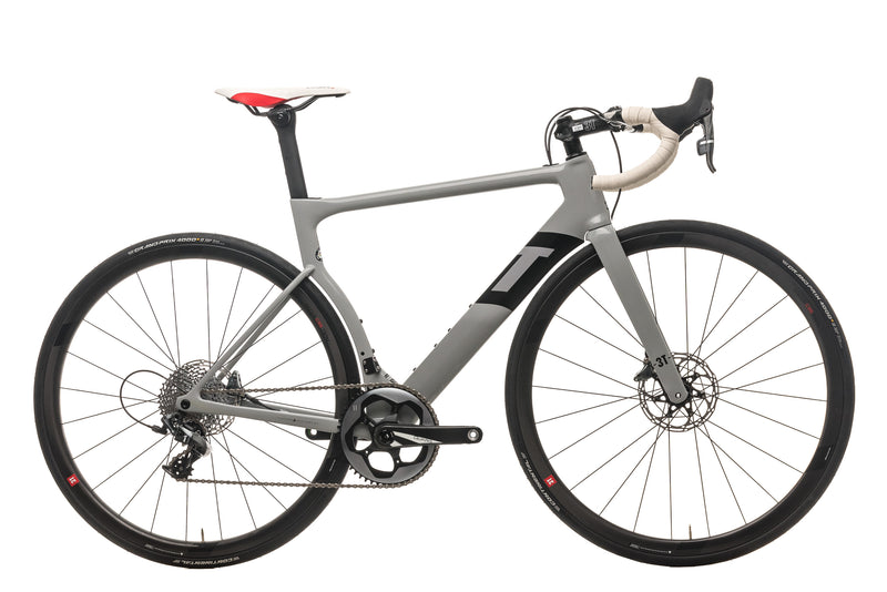 3T Strada Team Road Bike - 2020, Medium drive side