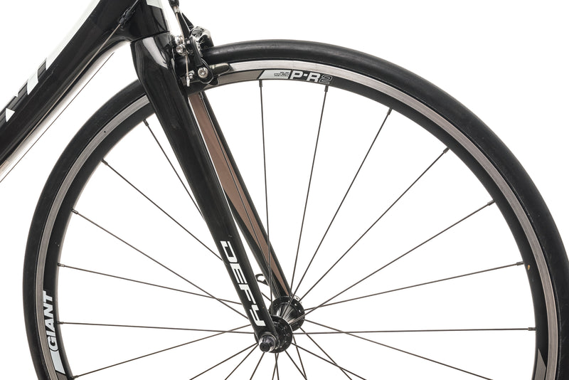 Giant Defy Composite 2 Road Bike - 2013, Large front wheel