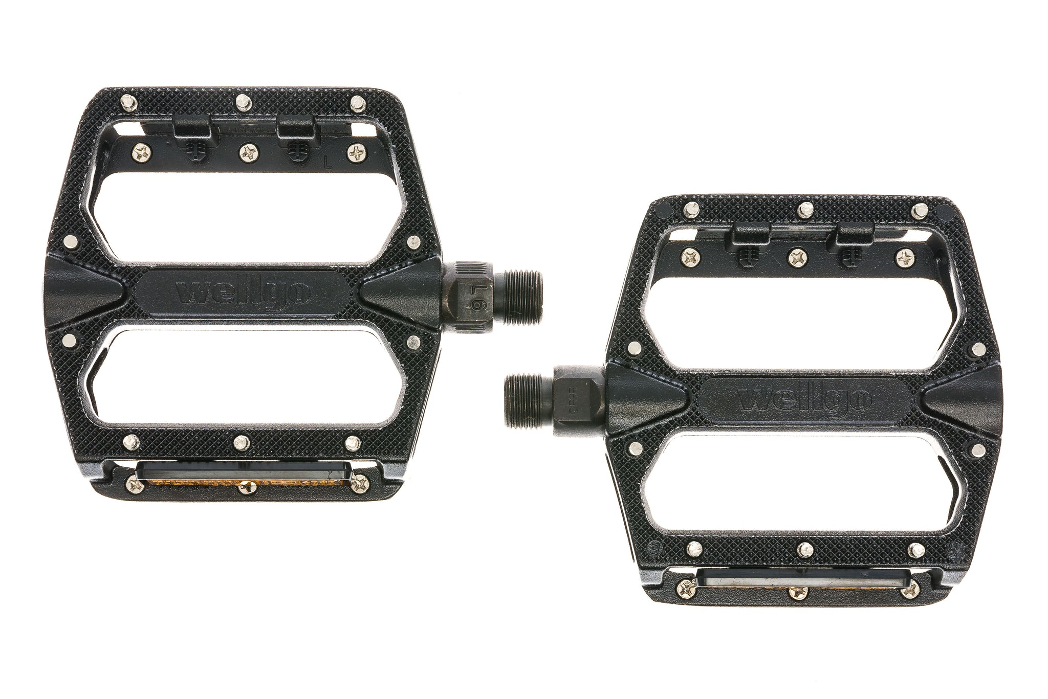 Wellgo Platform Pedals w/ Replaceable Pins Black sticker