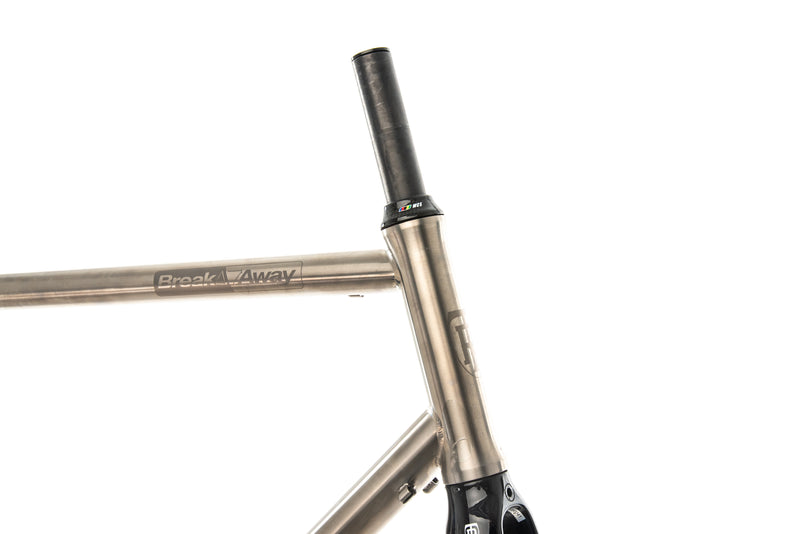 Ritchey BreakAway Titanium Medium Frameset front wheel