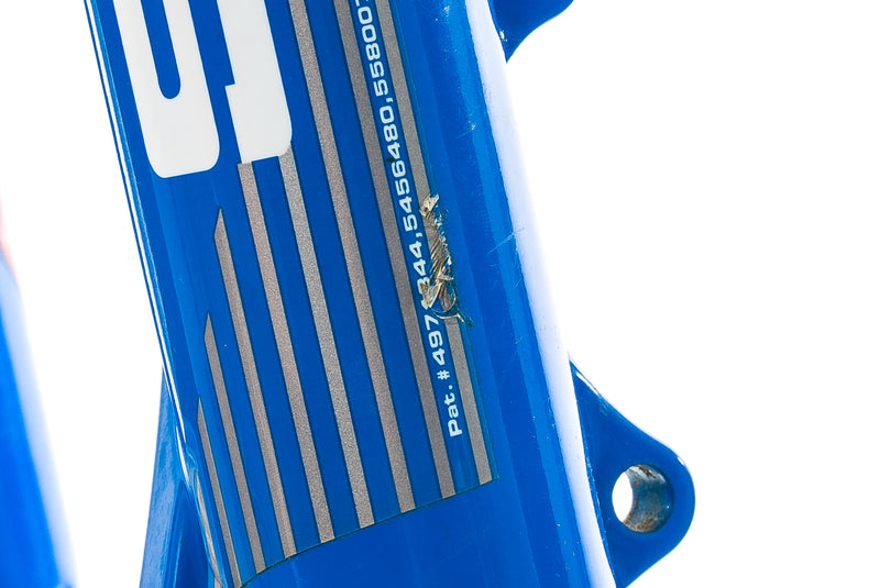 "RockShox SID XC Dual Air Mountain Fork 26"" 80mm 9x100mm 1 1/8"" Cantilever Blue front wheel"