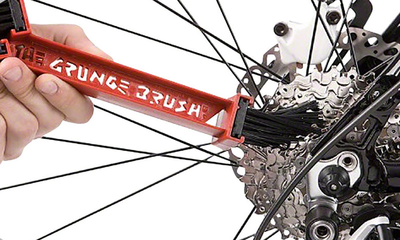 Finish Line Grunge Brush Chain and Gear Cleaning Tool non-drive side