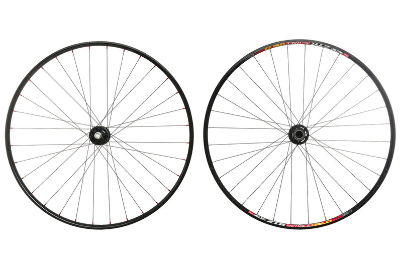 "Stan's NoTubes Race Gold Aluminum Tubeless 29"" Wheelset drive side"