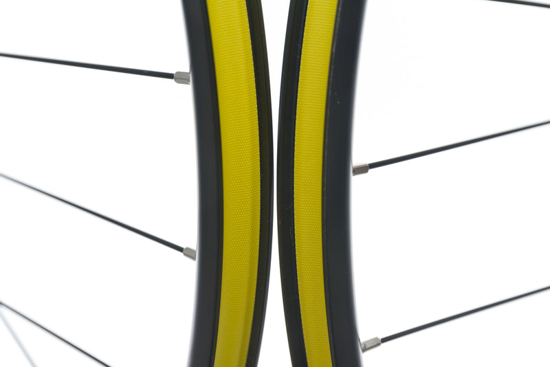 "GT All Terra Aluminum Clincher 29"" Wheelset sticker"
