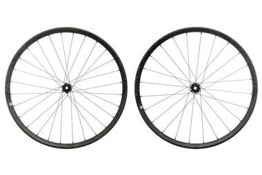 "Roval Traverse SL Fattie Carbon Tubeless 27.5"" Wheelset"