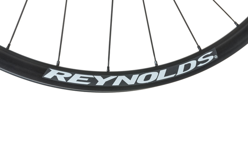 Reynolds Blacklabel Trail 29 Carbon Tubeless Wheelset cockpit
