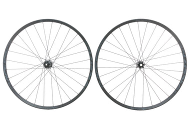 "Race Face Aeffect R30 Aluminum Tubeless 29"" Wheelset"