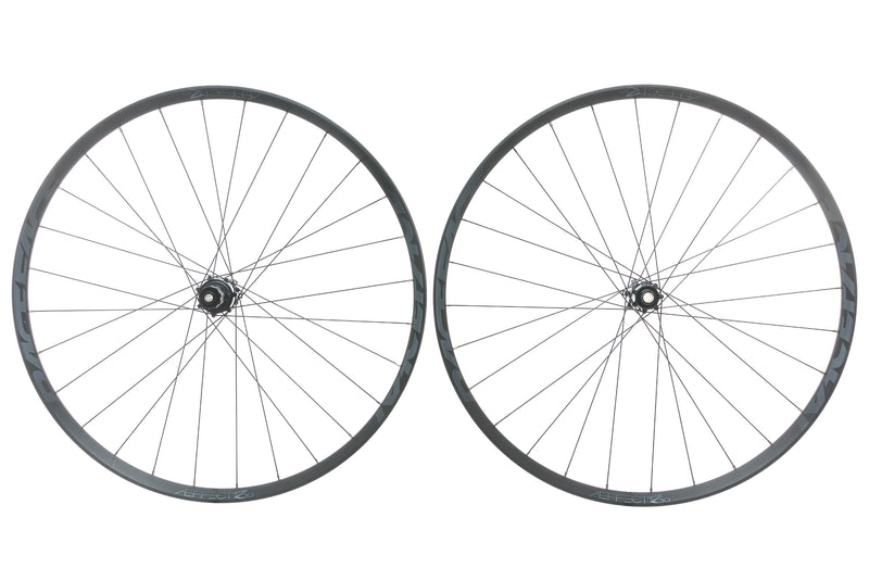 "Race Face Aeffect R30 Aluminum Tubeless 29"" Wheelset non-drive side"