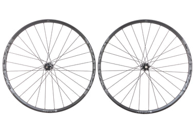 "Race Face Aeffect Aluminum Tubeless 27.5"" Wheelset"