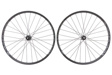"Race Face Turbine Aluminum Tubeless 27.5"" Wheelset"
