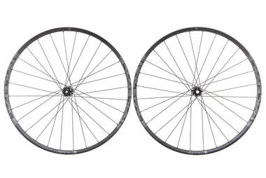 "Race Face Aeffect Aluminum Tubeless 29"" Wheelset"