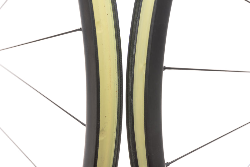 "Easton EC70 Carbon Tubeless 29"" Wheelset front wheel"