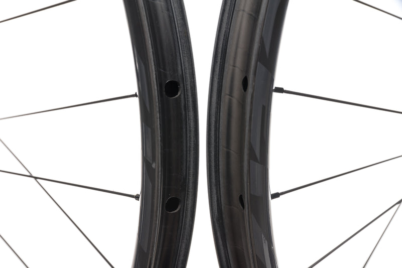 "Race Face ARC 31 Carbon Tubeless 27.5"" Wheelset front wheel"