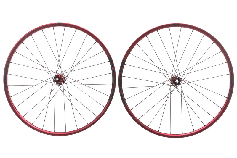 "Spank Oozy Trail 260 Evo Tubeless 27.5"" Wheelset Red non-drive side"