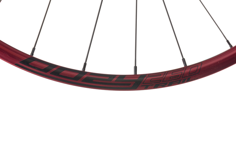 "Spank Oozy Trail 260 Evo Tubeless 27.5"" Wheelset Red crank"