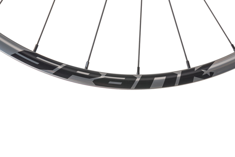 "Spank Oozy Trail 260 Evo Tubeless 29"" Wheelset Silver front wheel"