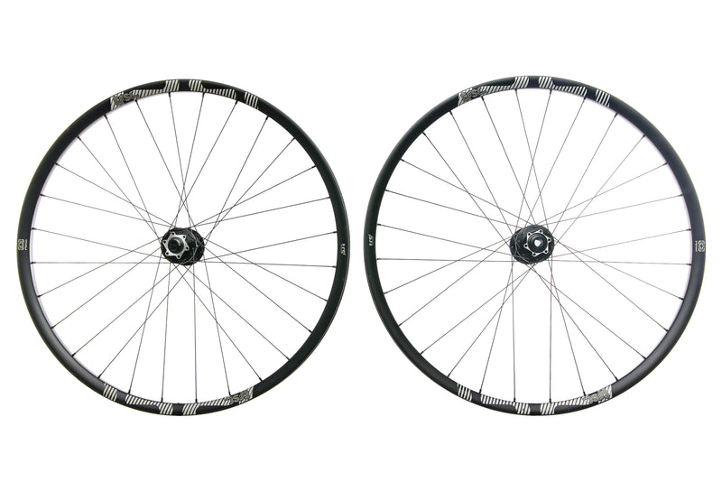 "e*thirteen TRS Race Carbon Tubeless 29"" Wheelset non-drive side"