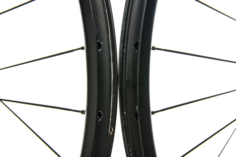 "NOX Skyline Carbon Tubeless 27.5"" Wheelset front wheel"