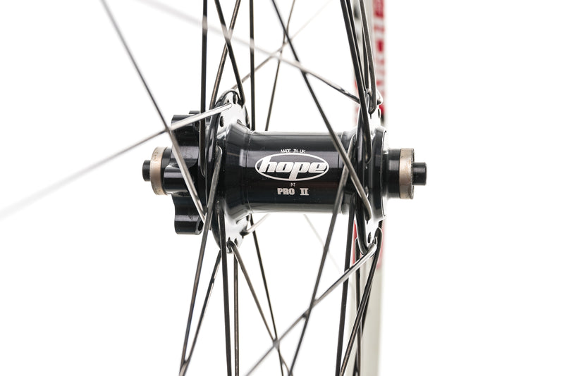 "Stan's NoTubes Arch Aluminum Tubeless 29"" Front Wheel sticker"