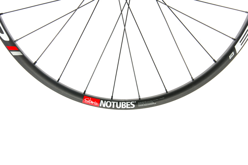 "Stan's NoTubes ZTR Bravo Carbon Tubeless 27.5"" Front Wheel front wheel"