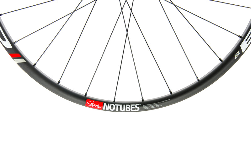 "Stan's NoTubes Bravo Carbon Tubeless 27.5"" Rear Wheel front wheel"