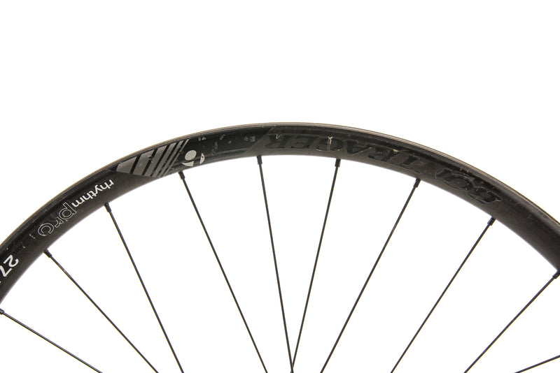"Bontrager Rhythm Pro Carbon Tubeless 27.5"" Front Wheel detail 1"