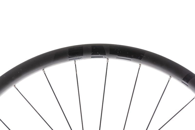 "DT Swiss XMC 1200 Spline 24 Carbon Tubeless 29"" Front Wheel detail 1"