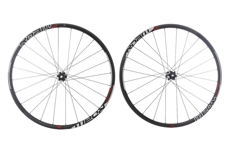"SRAM Roam 60 Carbon Clincher 29"" Wheelset drive side"