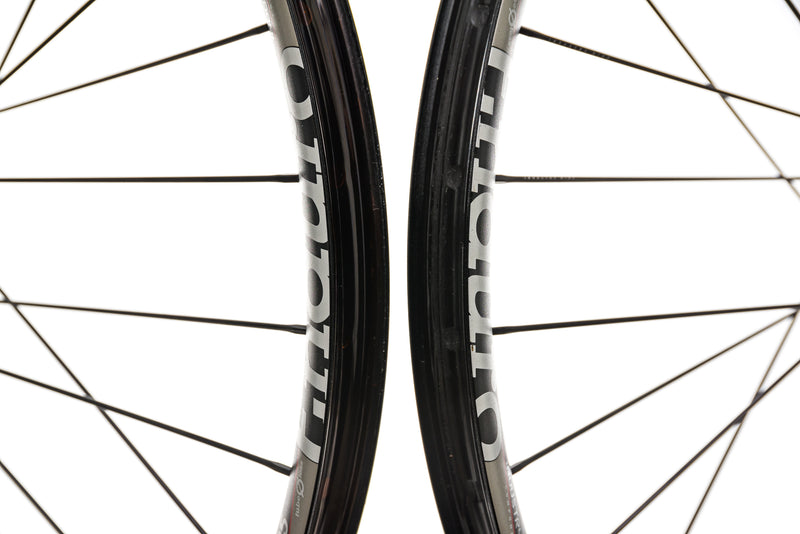 "Industry Nine Enduro 305 Aluminum Tubeless 27.5"" Wheelset front wheel"