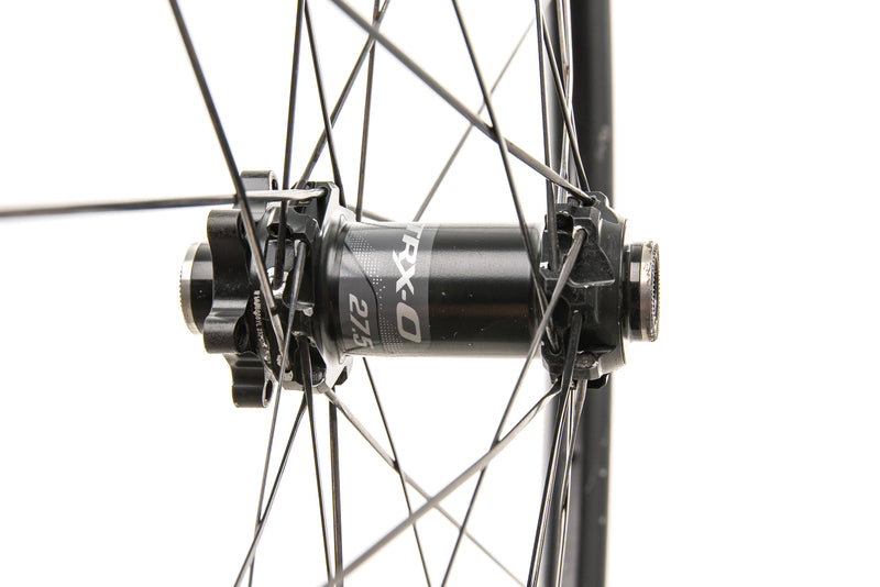 "Giant TRX-0 Carbon Tubeless 27.5"" Wheelset drivetrain"