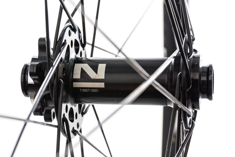 "WTB ST i23 Alloy Tubeless 29"" Front Wheel sticker"