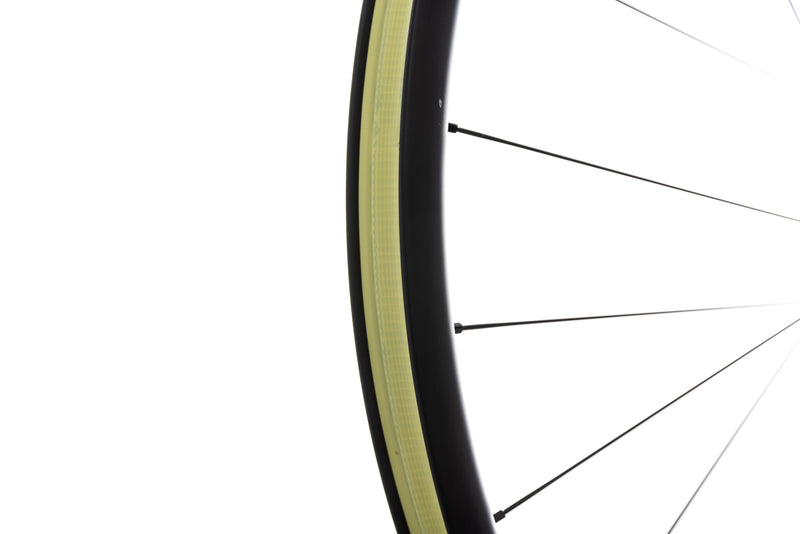 "Santa Cruz Reserve 30 Carbon Tubeless 29"" Rear Wheel drivetrain"