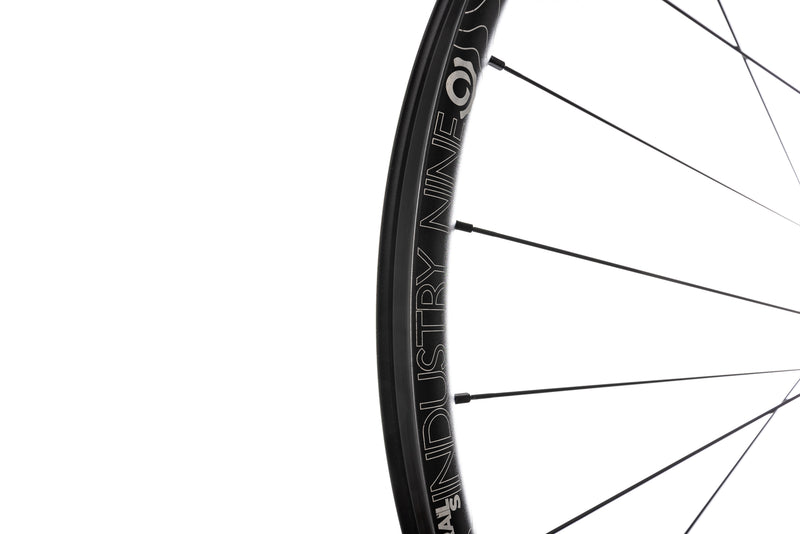 "Industry Nine Trail S 1/1 Alloy Tubeless 27.5"" Front Wheel drivetrain"