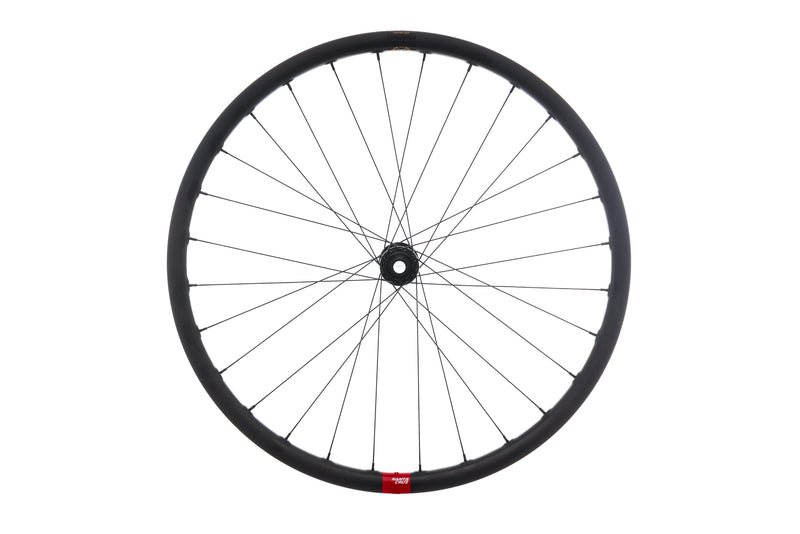 "Santa Cruz Reserve 30 Carbon Tubeless 27.5"" Front Wheel drive side"