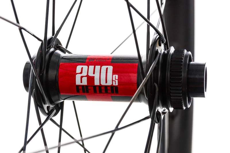 "Santa Cruz Reserve 30 Carbon Tubeless 27.5"" Front Wheel sticker"