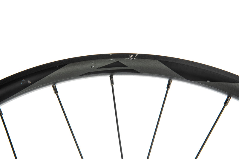 "Giant AM Boost Aluminum Tubeless 27.5"" Front Wheel crank"
