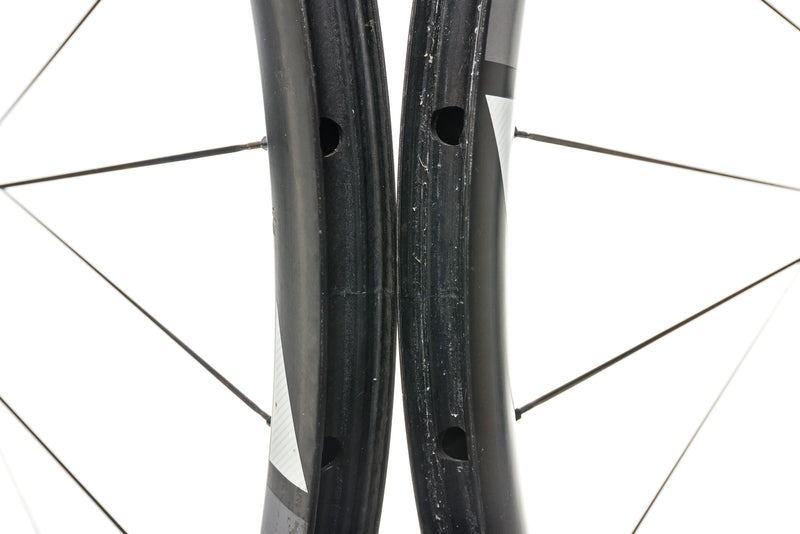 "SRAM Rise 60 Carbon Tubeless 29"" Wheelset front wheel"