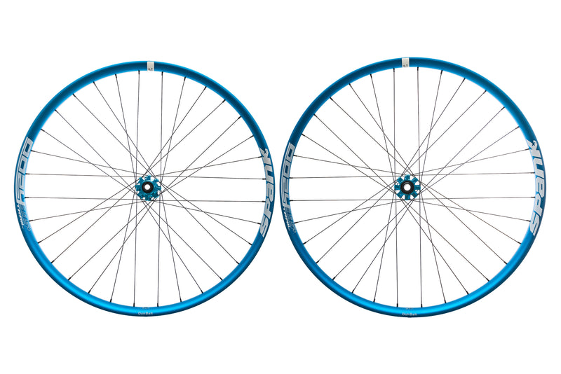 "Spank Oozy Trail 395+ Aluminum Tubeless 29"" Wheelset Blue non-drive side"
