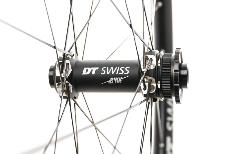 "DT Swiss XRC 1200 Spline 25 Carbon Tubeless 29"" Wheelset drivetrain"