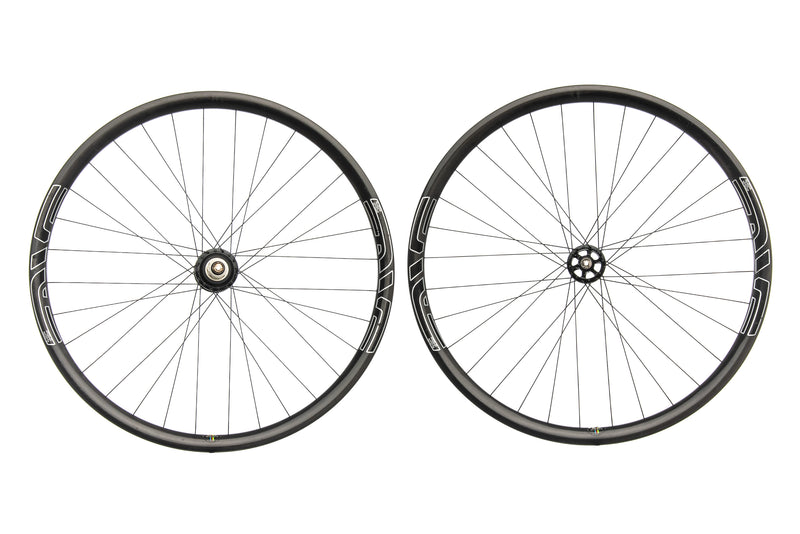"ENVE XC Carbon Tubeless 29"" Wheelset drive side"
