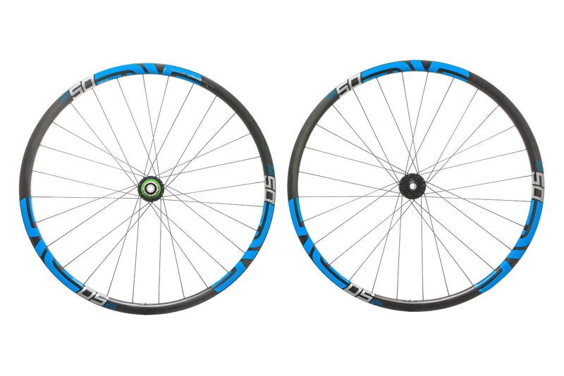 "ENVE M50 Fifty Carbon Tubeless 29"" Wheelset drive side"