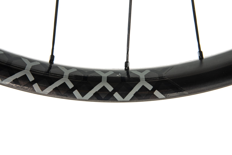 Reynolds 27.5 Plus Boost Carbon Tubeless Rear Wheel crank