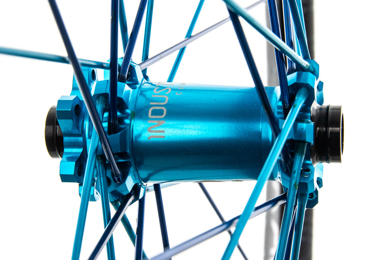 "Industry Nine Enduro 305 Aluminum Tubeless 27.5"" Wheelset drivetrain"