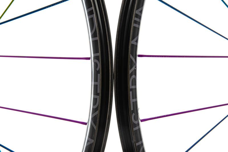 "Industry Nine Ultralite 240c Carbon Tubeless 29"" Wheelset front wheel"