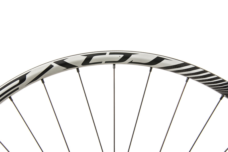 "Roval Control Trail SL Carbon Clincher 29"" Wheelset detail 2"
