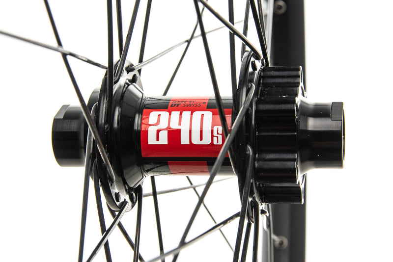 "DT Swiss FR Gravity Classic Alloy Tubeless 27.5"" Front Wheel sticker"