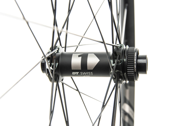 "DT Swiss XM 1501 Spline One 25 Aluminum Tubeless 29"" Wheelset drivetrain"
